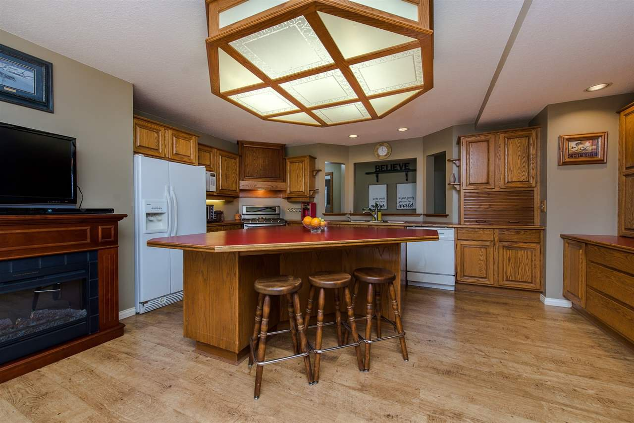 Photo 8: Photos: 47715 BALLAM Road in Chilliwack: Fairfield Island House for sale : MLS®# R2327778