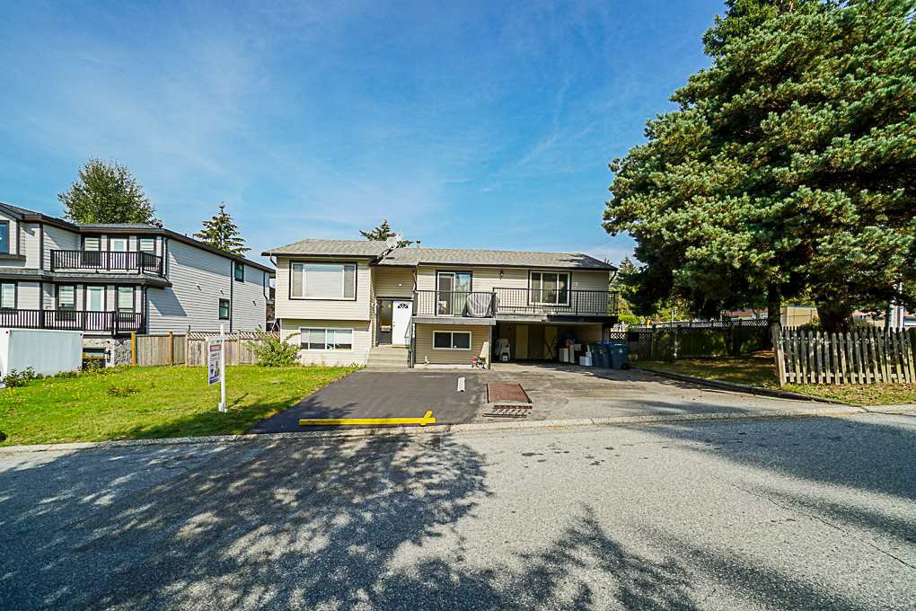 Main Photo: 9349 140 Street in Surrey: Bear Creek Green Timbers House for sale : MLS®# R2331581