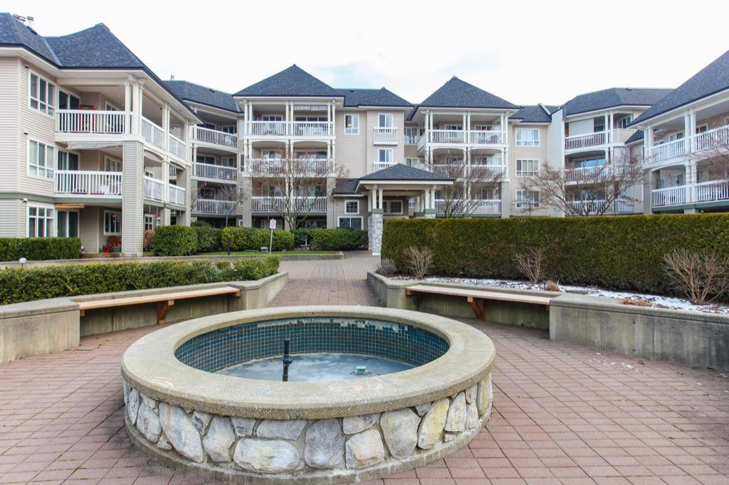 "Main Photo: 306 22022 49 Avenue in Langley: Murrayville Condo for sale in ""Murray Green"" : MLS®# R2340440"