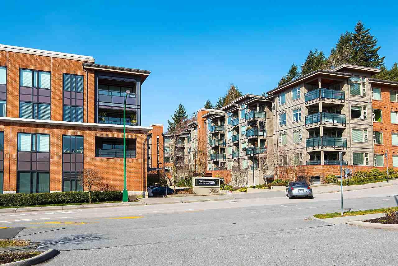 "Main Photo: 211 1677 LLOYD Avenue in North Vancouver: Pemberton NV Condo for sale in ""District Crossing"" : MLS®# R2350318"