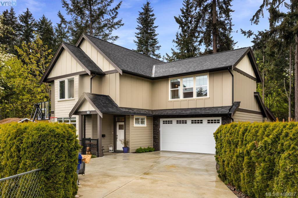 Main Photo: 2766 Kristina Pl in VICTORIA: La Fairway House for sale (Langford)  : MLS®# 812021