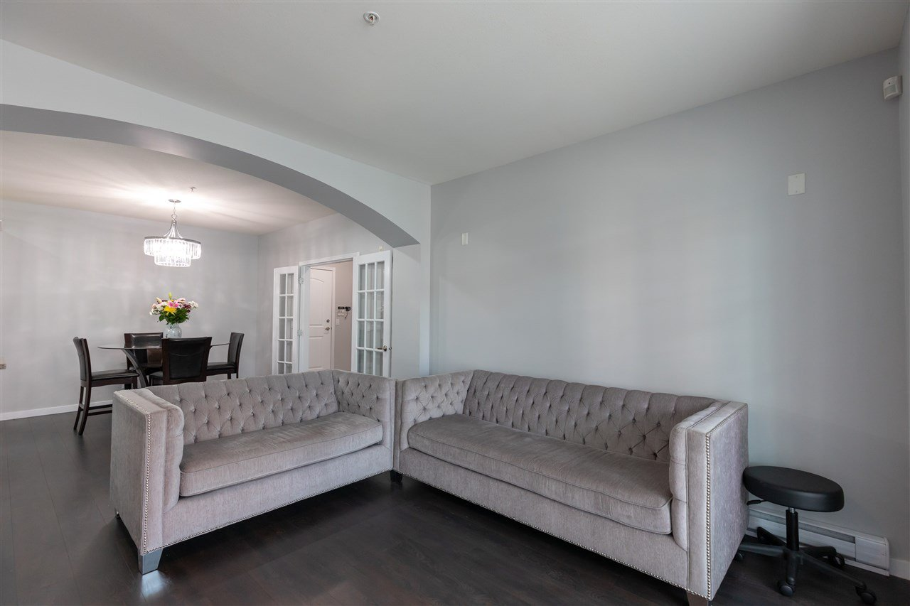 """Photo 10: Photos: 206 33485 SOUTH FRASER Way in Abbotsford: Central Abbotsford Condo for sale in """"Citadel Ridge"""" : MLS®# R2368112"""