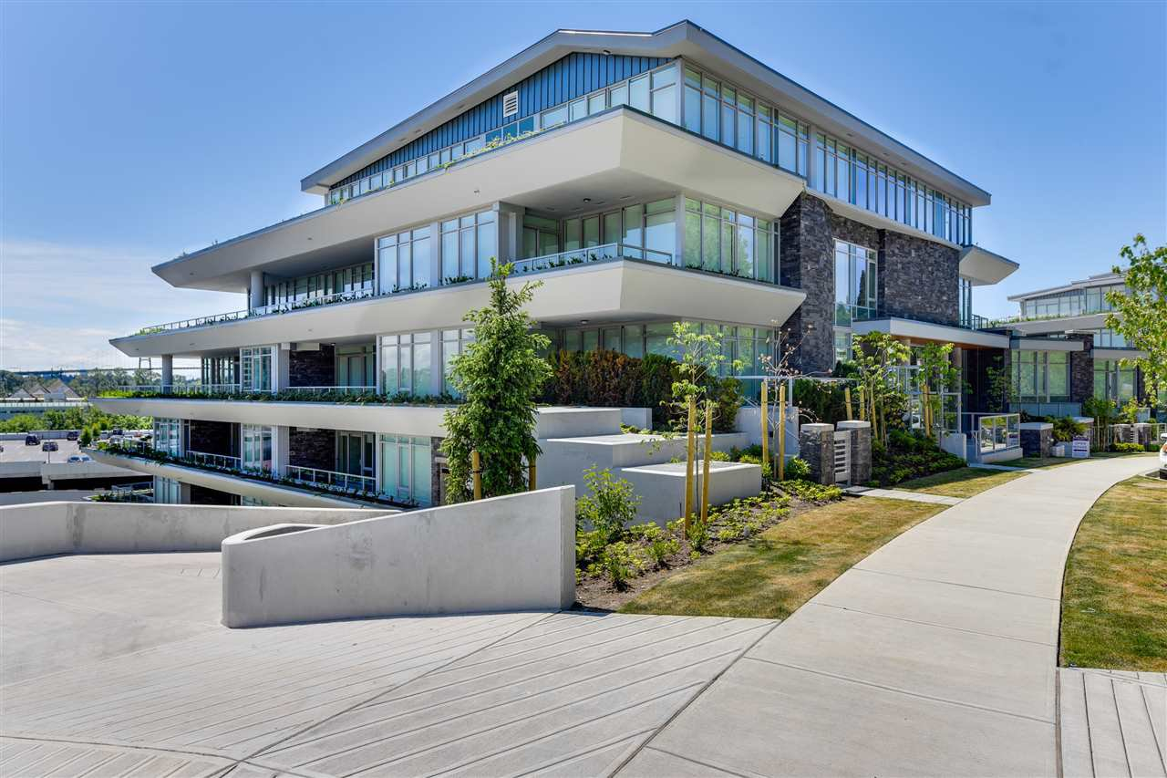 """Main Photo: 204 768 ARTHUR ERICKSON Place in West Vancouver: Park Royal Condo for sale in """"Evelyn"""" : MLS®# R2380818"""