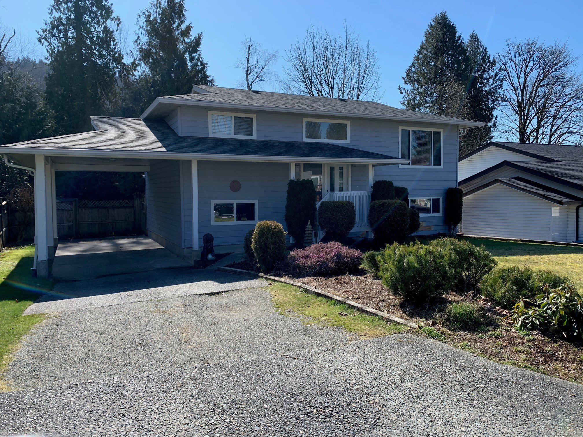 Main Photo: Upper 35380 Selkirk Ave. in Abbotsford: Abbotsford East Condo for rent