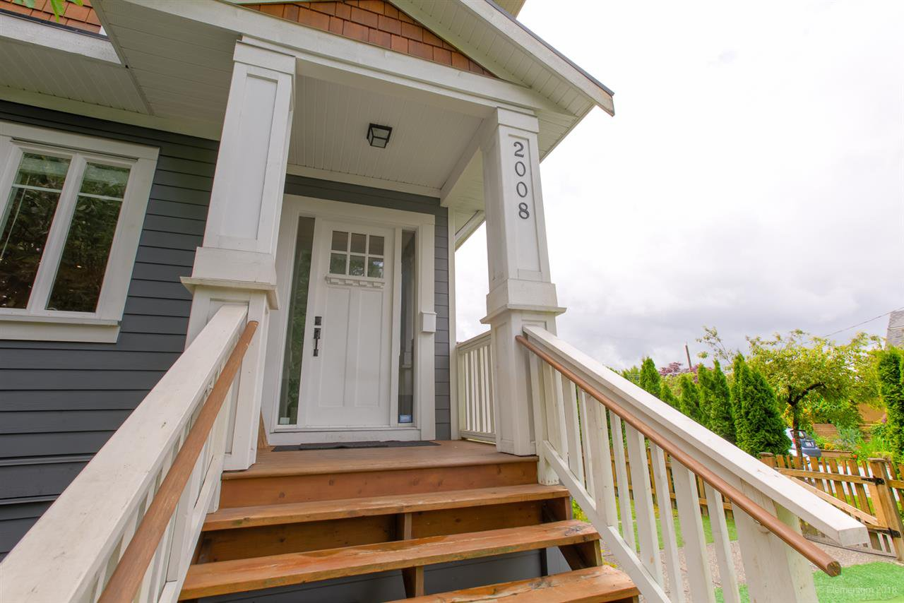 Photo 3: Photos: 2008 E 1ST Avenue in Vancouver: Grandview Woodland 1/2 Duplex for sale (Vancouver East)  : MLS®# R2460644