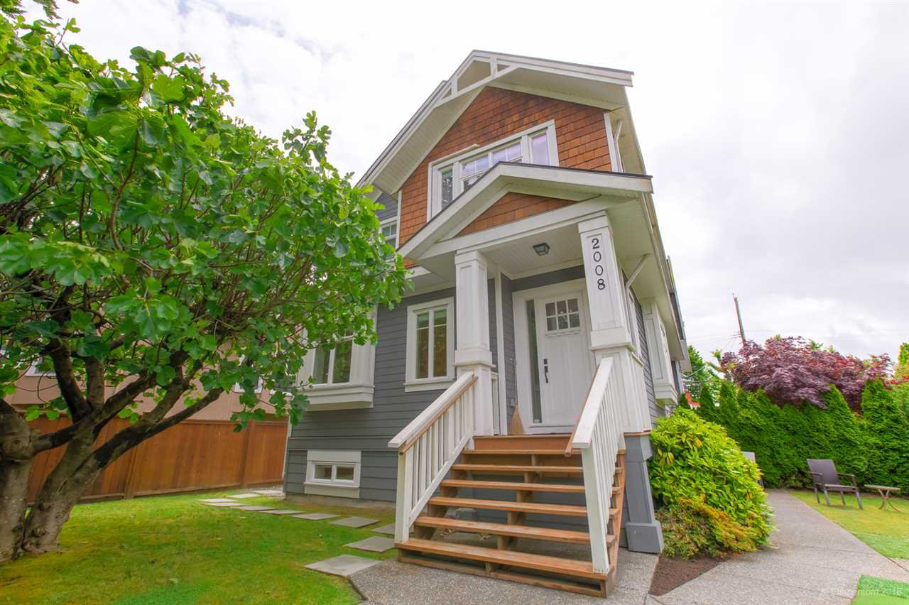 Main Photo: 2008 E 1ST Avenue in Vancouver: Grandview Woodland 1/2 Duplex for sale (Vancouver East)  : MLS®# R2460644