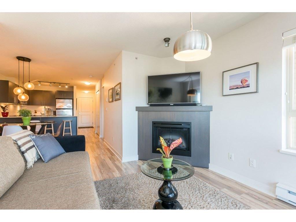Photo 19: Photos: 404 8915 202 Street in Langley: Walnut Grove Condo for sale : MLS®# R2501980