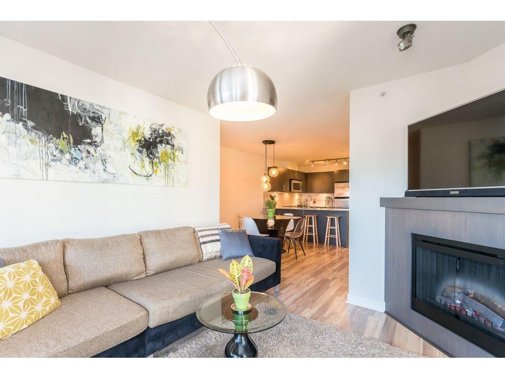 Photo 17: Photos: 404 8915 202 Street in Langley: Walnut Grove Condo for sale : MLS®# R2501980
