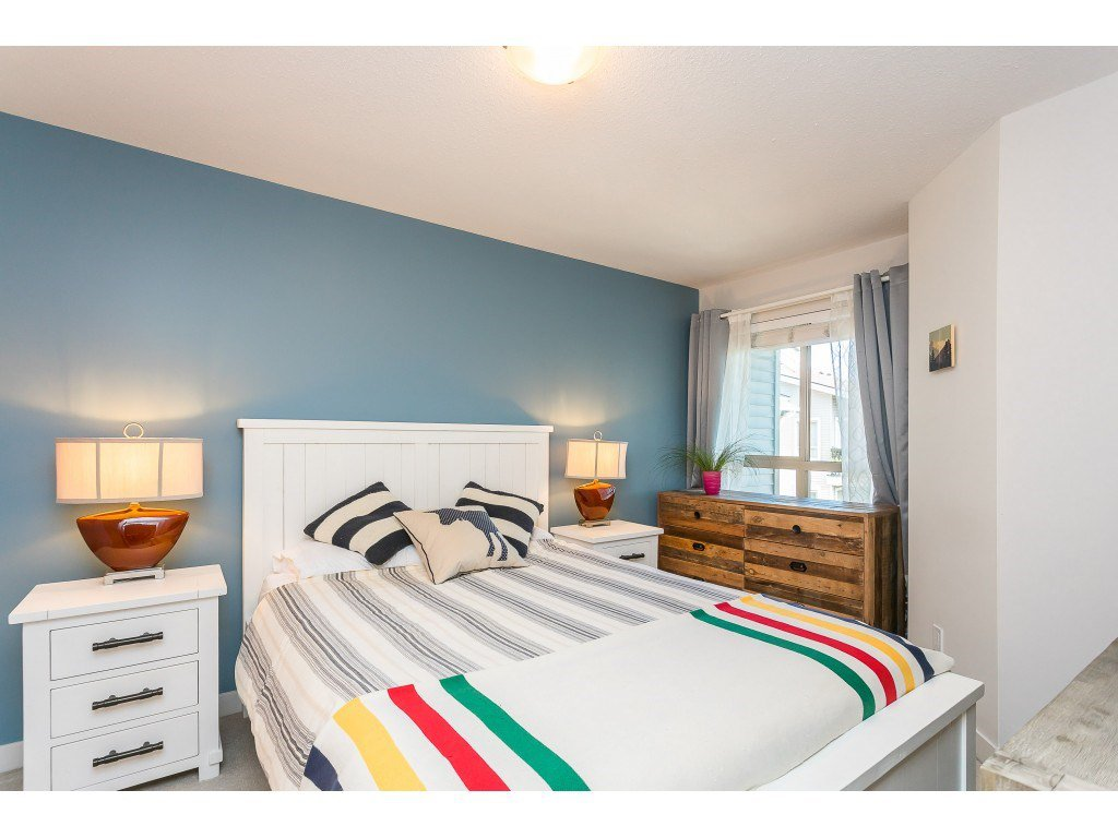 Photo 20: Photos: 404 8915 202 Street in Langley: Walnut Grove Condo for sale : MLS®# R2501980