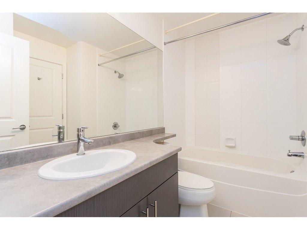 Photo 25: Photos: 404 8915 202 Street in Langley: Walnut Grove Condo for sale : MLS®# R2501980