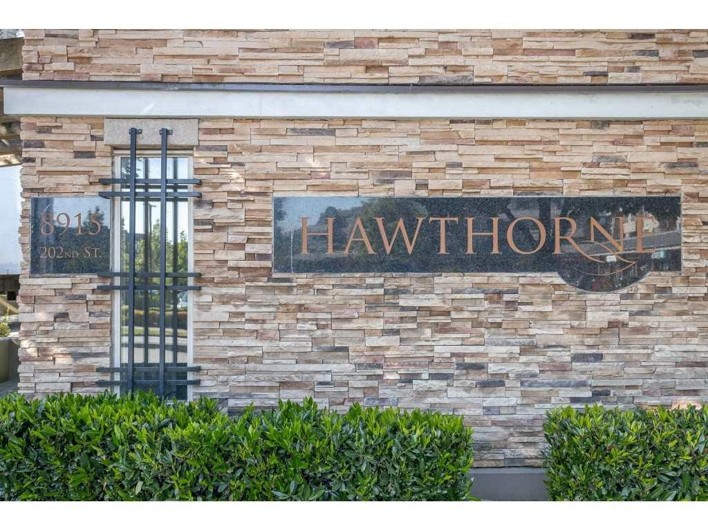 Photo 3: Photos: 404 8915 202 Street in Langley: Walnut Grove Condo for sale : MLS®# R2501980