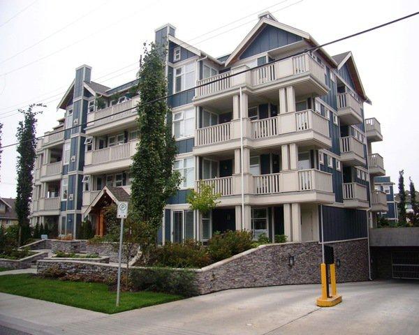 Main Photo: PH9 15392 16A Avenue in Ocean Bay Villas: Home for sale : MLS®# F2725562