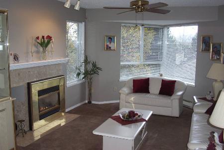 Photo 4: Photos: #401 - 1215 Lansdowne Drive in COQUITLAM: Condo for sale (Upper Eagle Ridge)  : MLS®# V565452