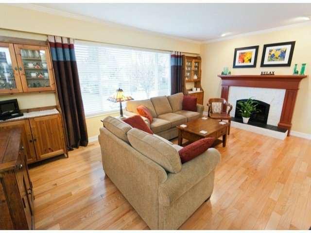 """Main Photo: 17022 HEREFORD Place in Surrey: Cloverdale BC House for sale in """"Cloverdale Hillside"""" (Cloverdale)  : MLS®# F1402561"""