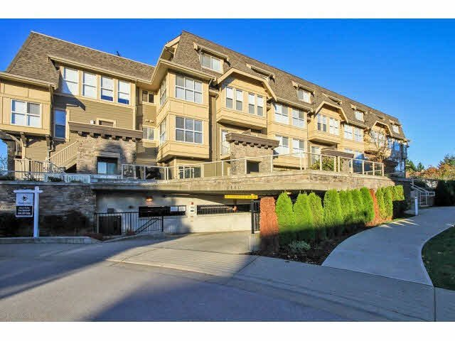 """Main Photo: 203 2110 ROWLAND Street in Port Coquitlam: Central Pt Coquitlam Townhouse for sale in """"AVIVA ON THE PARK"""" : MLS®# V1094259"""
