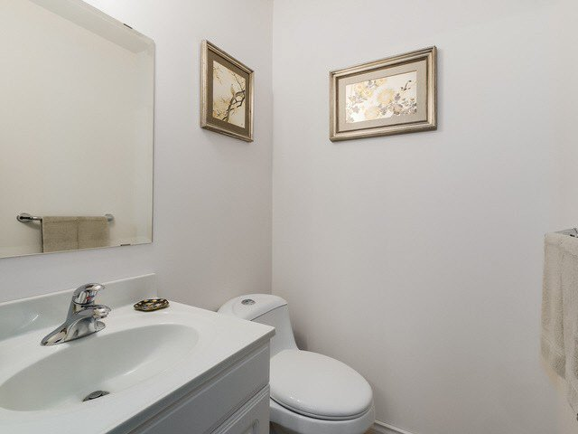 """Photo 7: Photos: 1022 LILLOOET Road in North Vancouver: Lynnmour Townhouse for sale in """"LILLOOET PLACE"""" : MLS®# V1123413"""