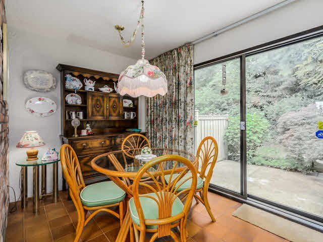 """Photo 6: Photos: 1022 LILLOOET Road in North Vancouver: Lynnmour Townhouse for sale in """"LILLOOET PLACE"""" : MLS®# V1123413"""