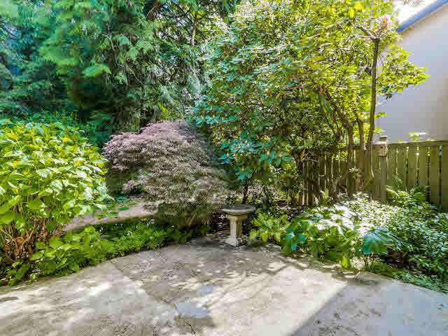 """Photo 17: Photos: 1022 LILLOOET Road in North Vancouver: Lynnmour Townhouse for sale in """"LILLOOET PLACE"""" : MLS®# V1123413"""