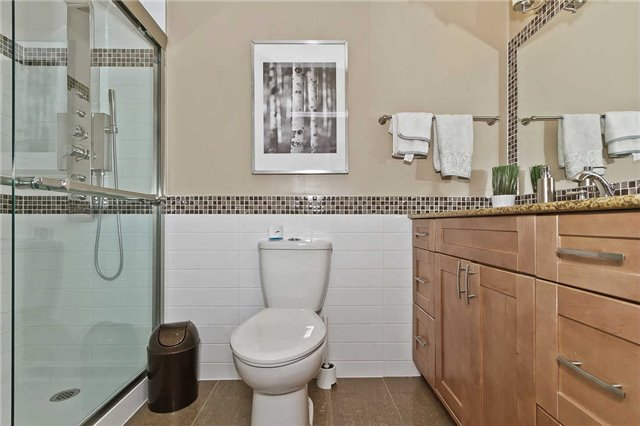 Photo 4: Photos: 1255 Playford Road in Mississauga: Clarkson House (Bungalow-Raised) for sale : MLS®# W3408431