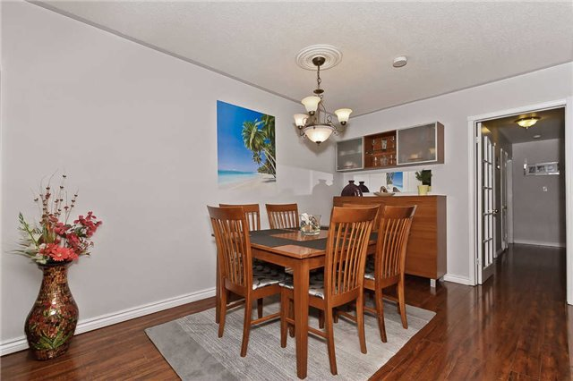 Photo 17: Photos: 1255 Playford Road in Mississauga: Clarkson House (Bungalow-Raised) for sale : MLS®# W3408431