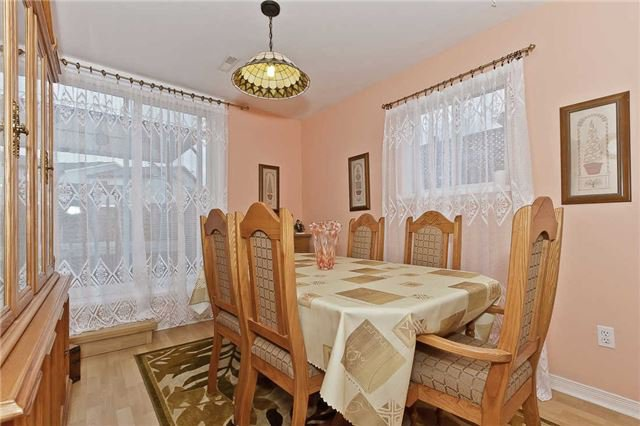 Photo 10: Photos: 1255 Playford Road in Mississauga: Clarkson House (Bungalow-Raised) for sale : MLS®# W3408431