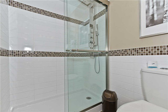 Photo 3: Photos: 1255 Playford Road in Mississauga: Clarkson House (Bungalow-Raised) for sale : MLS®# W3408431