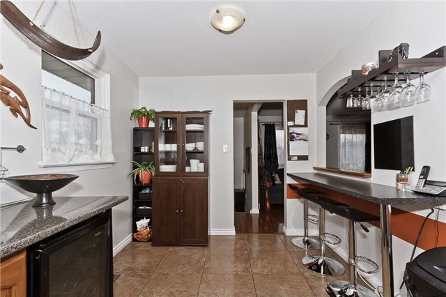 Photo 16: Photos: 1255 Playford Road in Mississauga: Clarkson House (Bungalow-Raised) for sale : MLS®# W3408431