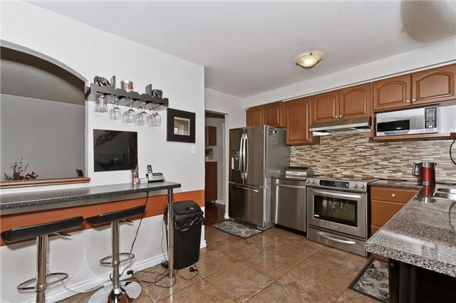 Photo 15: Photos: 1255 Playford Road in Mississauga: Clarkson House (Bungalow-Raised) for sale : MLS®# W3408431