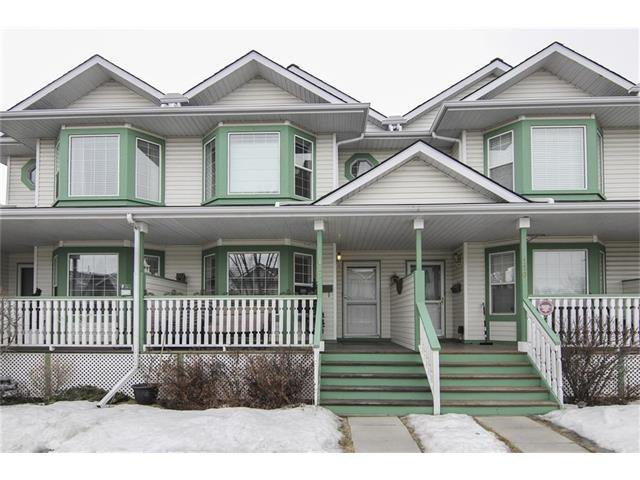 Main Photo: 118 MARTIN CROSSING Court NE in Calgary: Martindale House for sale : MLS®# C4050073
