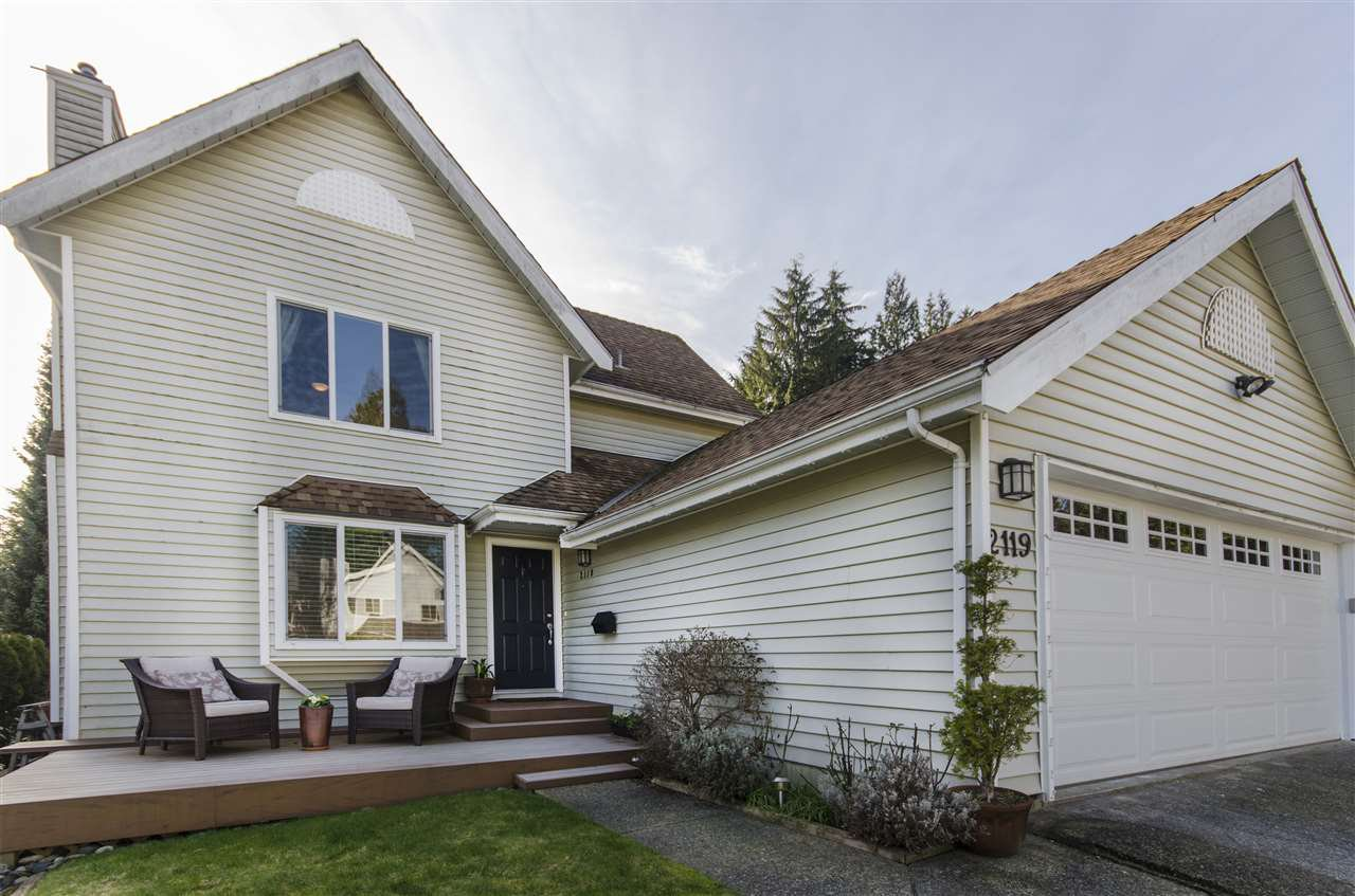 """Main Photo: 2119 KIRKSTONE Place in North Vancouver: Lynn Valley House for sale in """"KIRKSTONE"""" : MLS®# R2038550"""