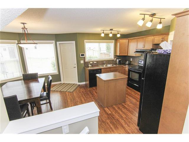 Photo 26: Photos: 230 CRANBERRY Close SE in Calgary: Cranston House for sale : MLS®# C4063122