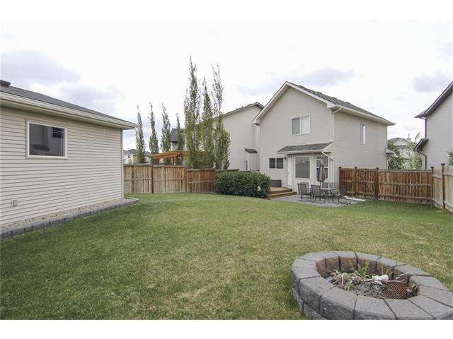 Photo 7: Photos: 230 CRANBERRY Close SE in Calgary: Cranston House for sale : MLS®# C4063122