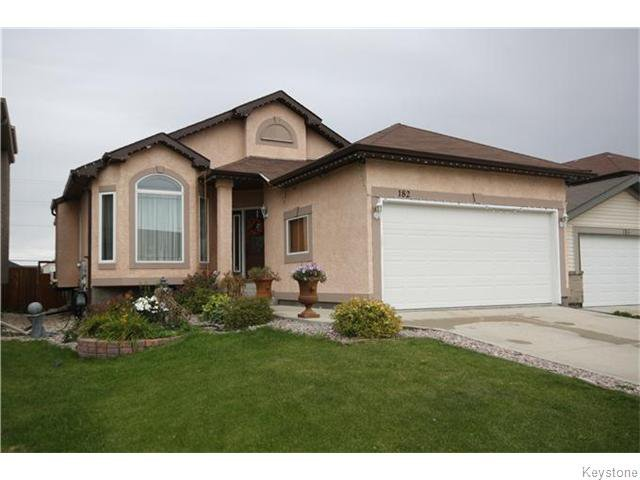 Main Photo: 182 Tallgrass Crescent in Winnipeg: Manitoba Other Residential for sale : MLS®# 1611793