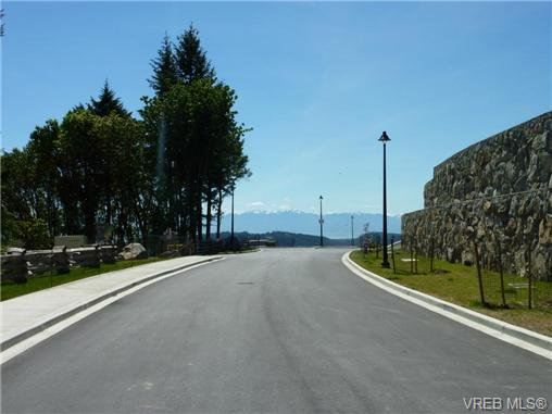 Main Photo: 1414 Grand Forest Close in VICTORIA: La Bear Mountain Land for sale (Langford)  : MLS®# 364868