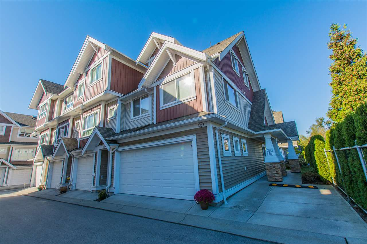 "Main Photo: 24 7298 199A Street in Langley: Willoughby Heights Townhouse for sale in ""YORK"" : MLS®# R2115410"