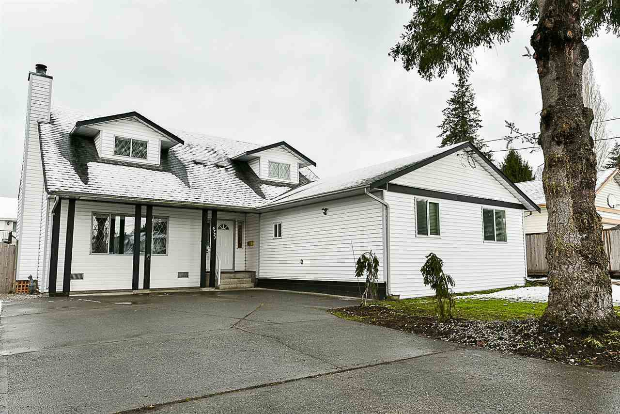 Main Photo: 6727 142 Street in Surrey: East Newton House for sale : MLS®# R2143241