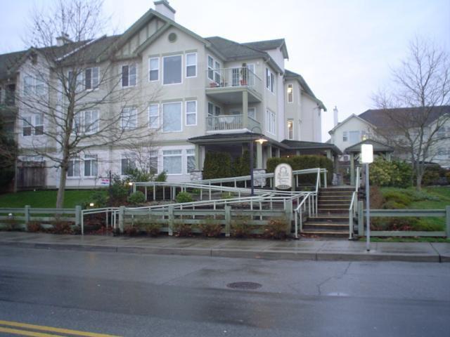 Main Photo: 303 17727 58TH AV in Cloverdale: Home for sale : MLS®# F2627314