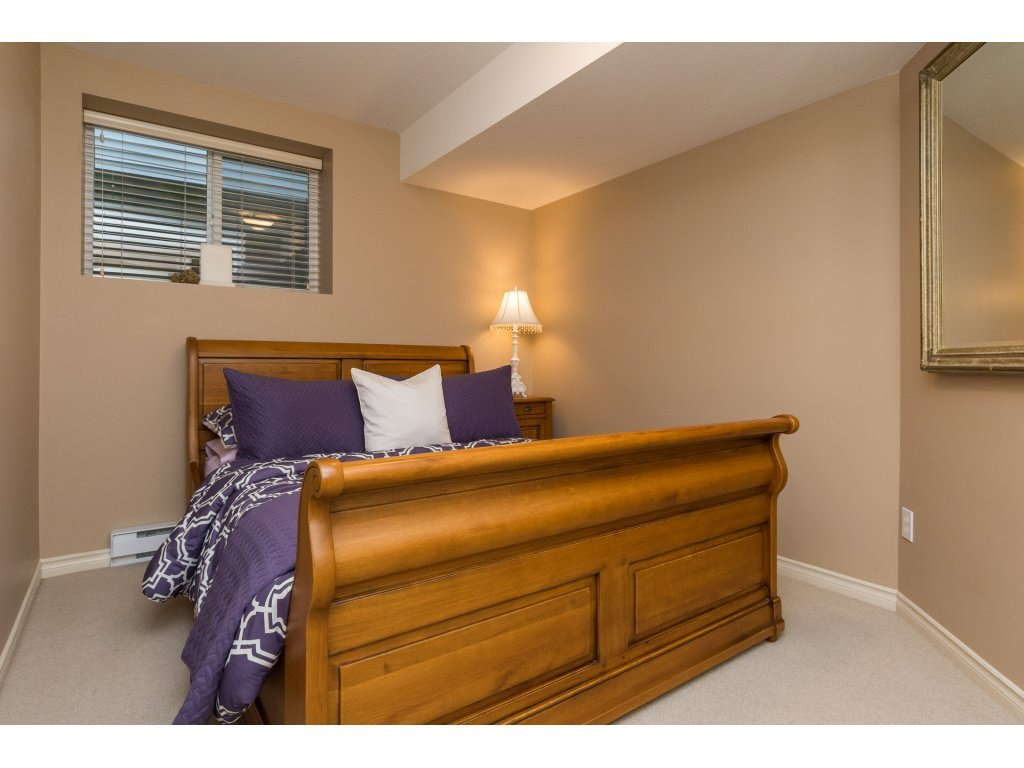 """Photo 18: Photos: 15 7067 189 Street in Surrey: Clayton House for sale in """"Claytonbrook"""" (Cloverdale)  : MLS®# R2183316"""