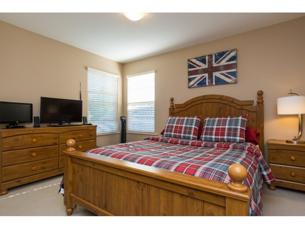 """Photo 13: Photos: 15 7067 189 Street in Surrey: Clayton House for sale in """"Claytonbrook"""" (Cloverdale)  : MLS®# R2183316"""