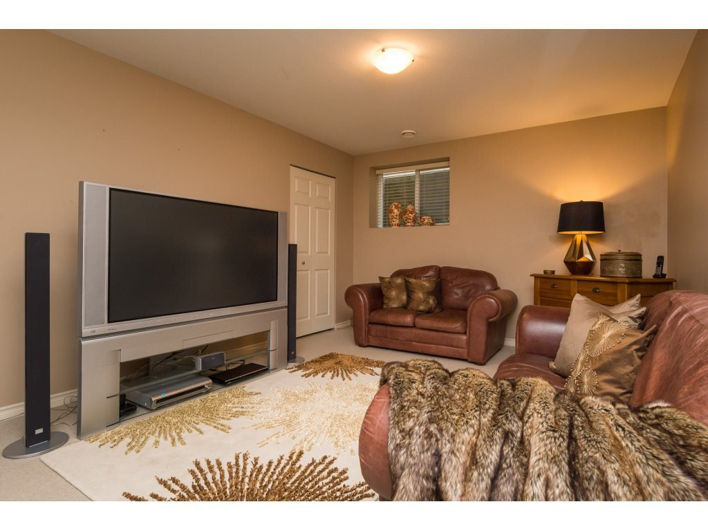 """Photo 16: Photos: 15 7067 189 Street in Surrey: Clayton House for sale in """"Claytonbrook"""" (Cloverdale)  : MLS®# R2183316"""