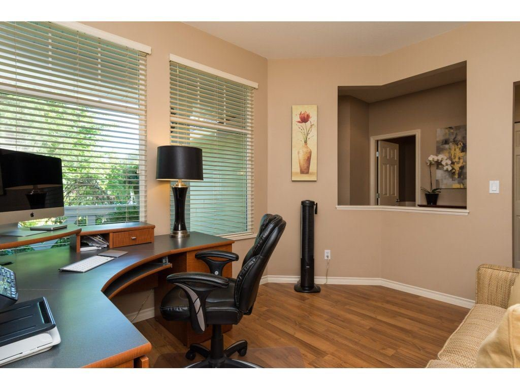 """Photo 3: Photos: 15 7067 189 Street in Surrey: Clayton House for sale in """"Claytonbrook"""" (Cloverdale)  : MLS®# R2183316"""