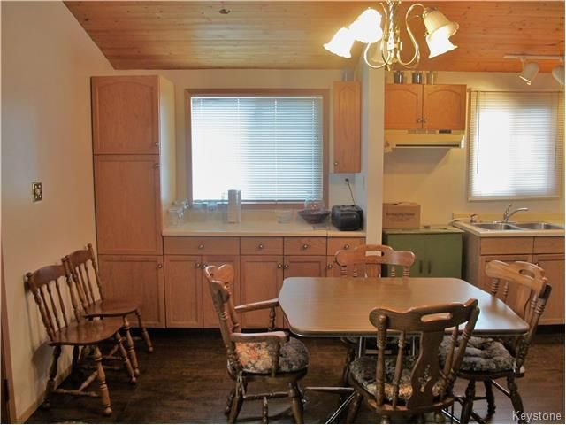 Photo 9: Photos:  in St Laurent: Twin Lake Beach Residential for sale (R19)  : MLS®# 1728716