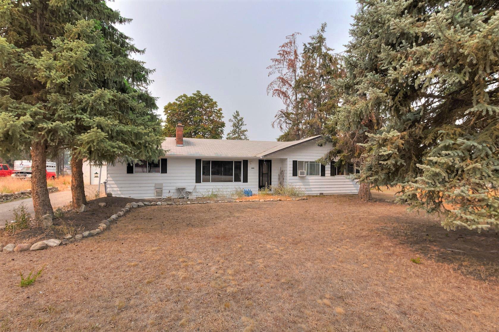 Main Photo: 4090 Field Road in Kelowna: South East Kelowna House for sale (Central Okanagan)  : MLS®# 10140100