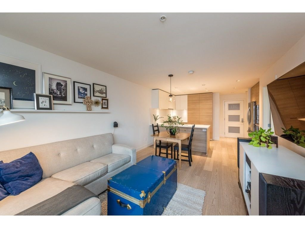 "Photo 11: Photos: 301 3456 COMMERCIAL Street in Vancouver: Victoria VE Condo for sale in ""MERCER"" (Vancouver East)  : MLS®# R2233963"