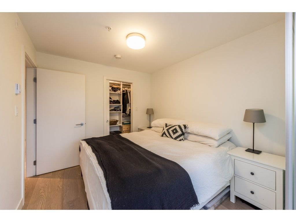 "Photo 13: Photos: 301 3456 COMMERCIAL Street in Vancouver: Victoria VE Condo for sale in ""MERCER"" (Vancouver East)  : MLS®# R2233963"