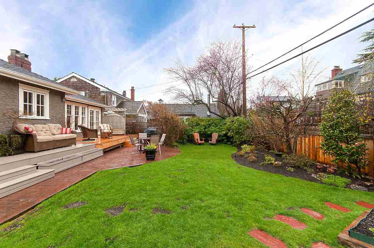 """Photo 15: Photos: 4755 W 7TH Avenue in Vancouver: University VW House for sale in """"Little Australia"""" (Vancouver West)  : MLS®# R2262672"""