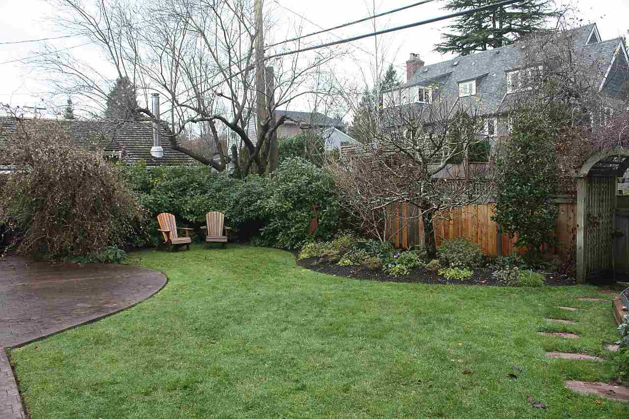 """Photo 18: Photos: 4755 W 7TH Avenue in Vancouver: University VW House for sale in """"Little Australia"""" (Vancouver West)  : MLS®# R2262672"""
