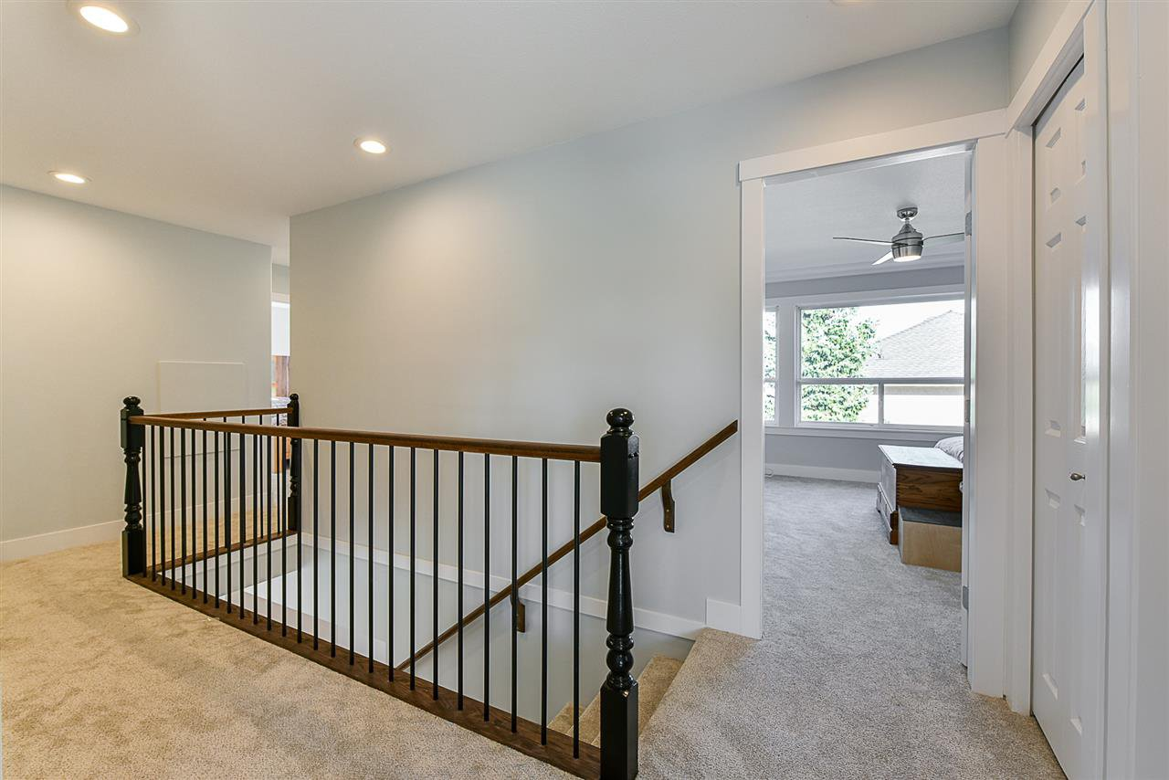 """Photo 11: Photos: 10916 157 Street in Surrey: Fraser Heights House for sale in """"Fraser Heights"""" (North Surrey)  : MLS®# R2356328"""