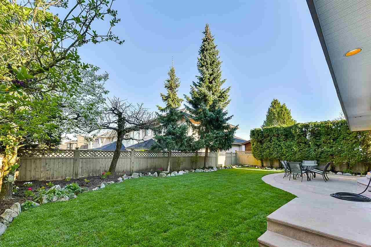 """Photo 19: Photos: 10916 157 Street in Surrey: Fraser Heights House for sale in """"Fraser Heights"""" (North Surrey)  : MLS®# R2356328"""