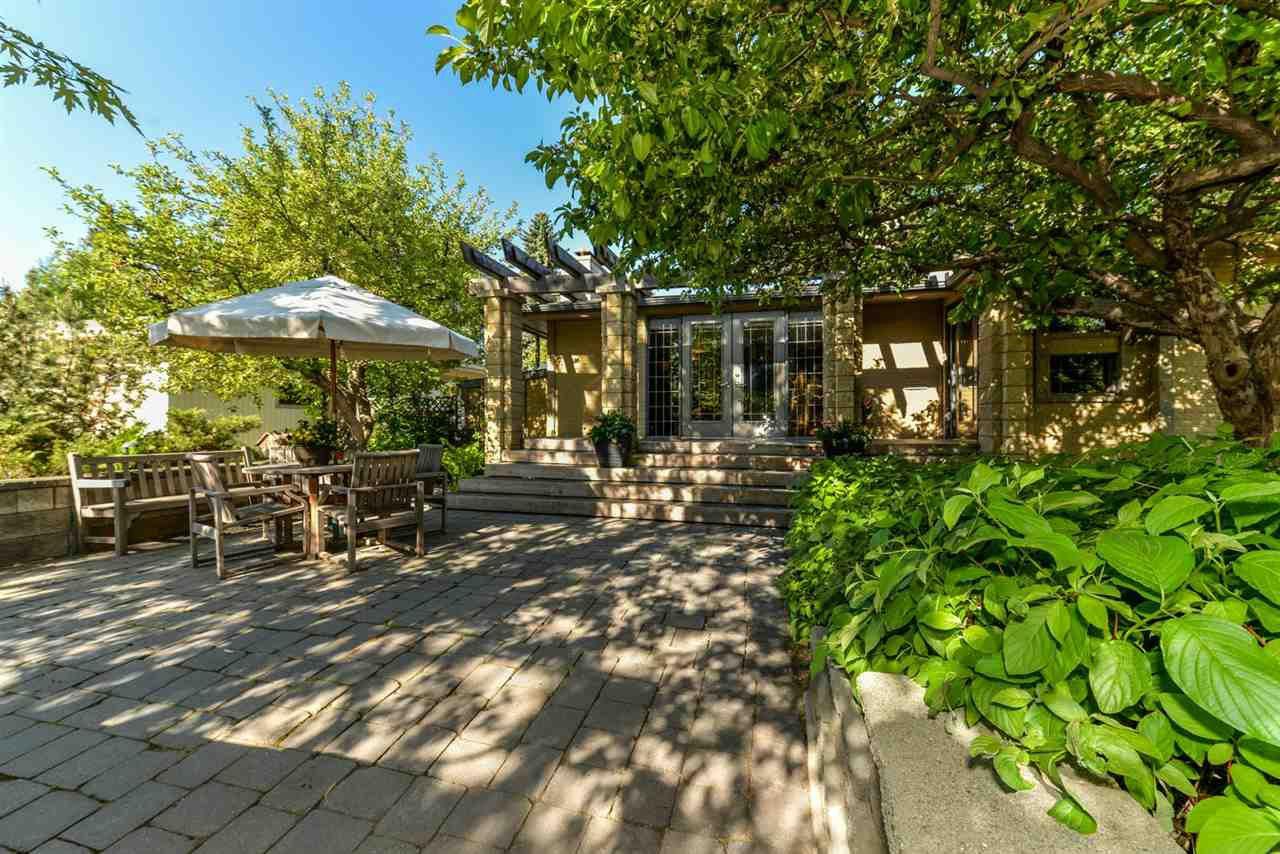 Main Photo: 9120 141 Street in Edmonton: Zone 10 House for sale : MLS®# E4152152